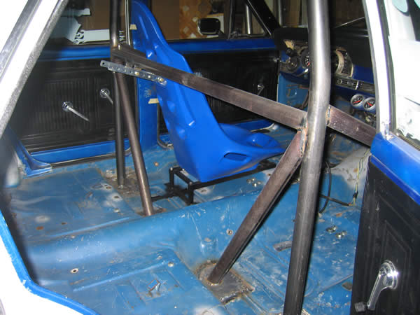 Roll Cage In A 4 Door Ford Muscle Forums Ford Muscle